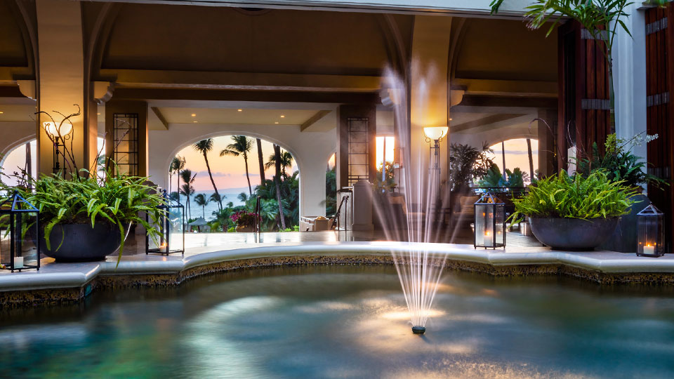 Lobby Fountain Fairmont Kea Lani