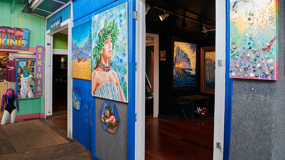 Art Gallery Maui After Dark