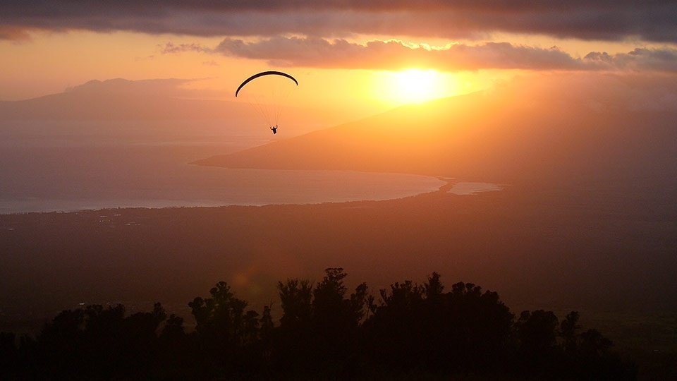 Best Maui Land Activities Paragliding