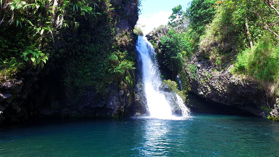 Top 15 Road to Hana Places to Stop | The Best Hana Stops