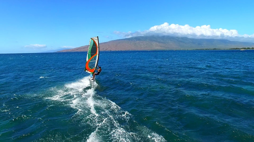 Things to do in Hawaii Windsurfing