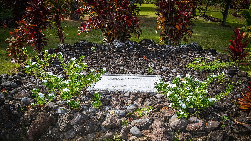 Best Maui Activities Upcountry Charles Lindberghs Grave