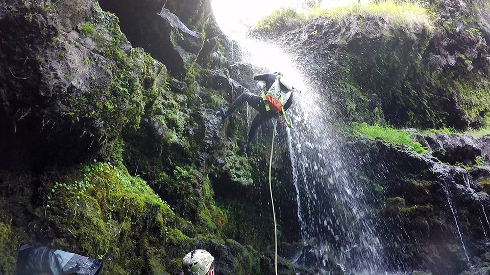 Best Maui Activities Rappel Waterfalls