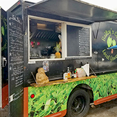 Bailey's Cafe Food Truck Best Maui Local Food