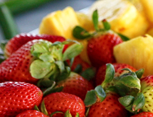 Whole Strawberries and chopped pineapple cubes